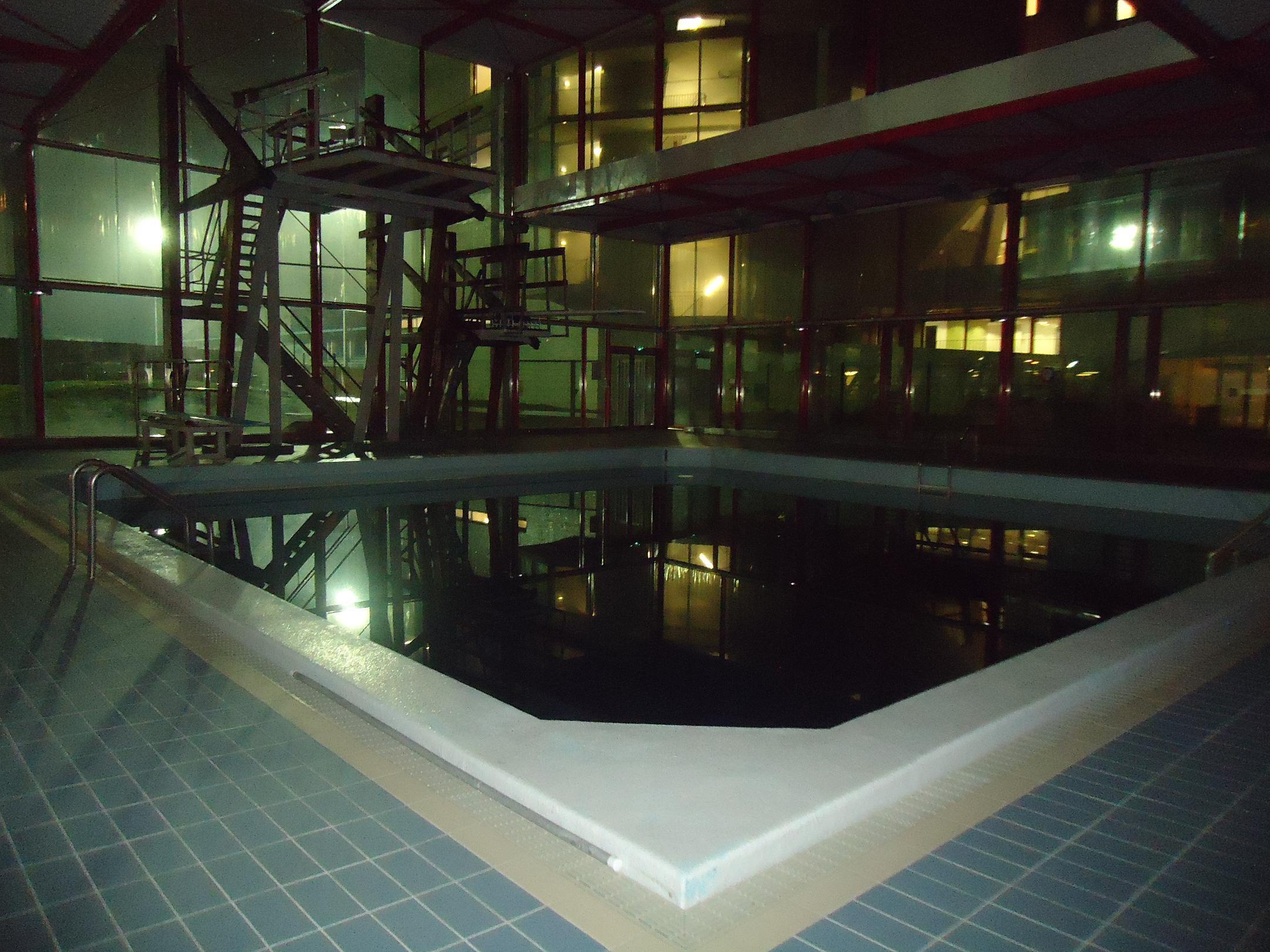 Pr sentation du club de arabesnatation d aubervilliers for Club piscine centre de liquidation