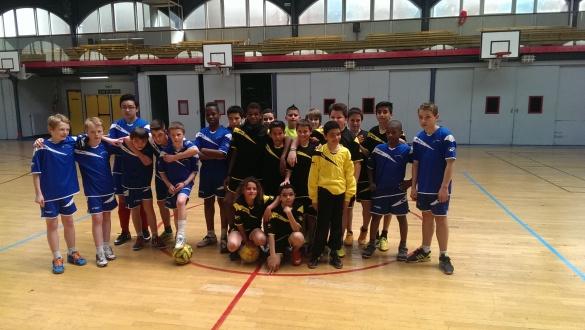 ASA ( noir et jaune ) vs ASVP (Paris XIII en bleu )
